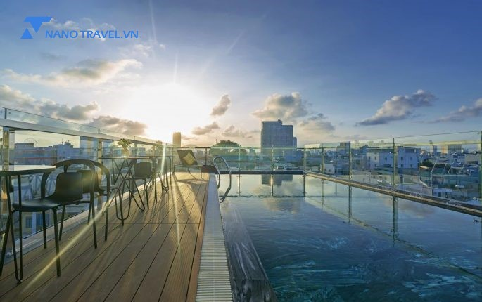 Review Lyn's Hotel and Apartment Đà Nẵng